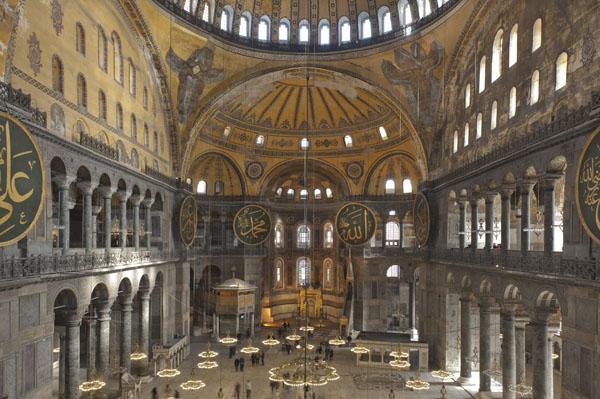 صور متحف ايا صوفيا من الداخل