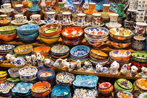 محلات الهدايا في السوق المصري