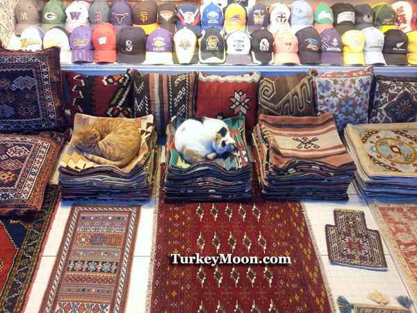 سوق اراستا بازار في اسطنبول السلطان احمد