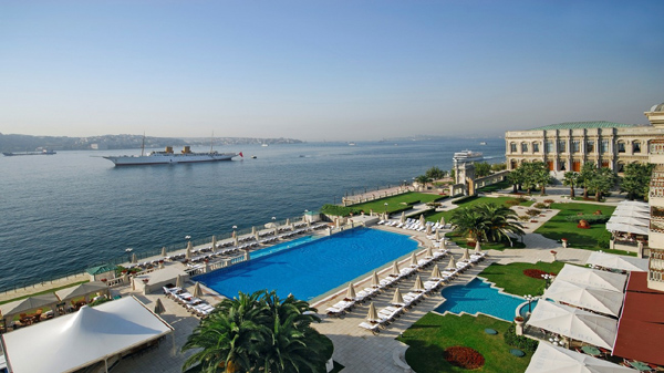 قصر سيراجان بالاس اسطنبول البسفور
