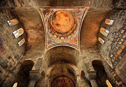 اللوحات المسيحية في متحف ايا صوفيا في طرابزون