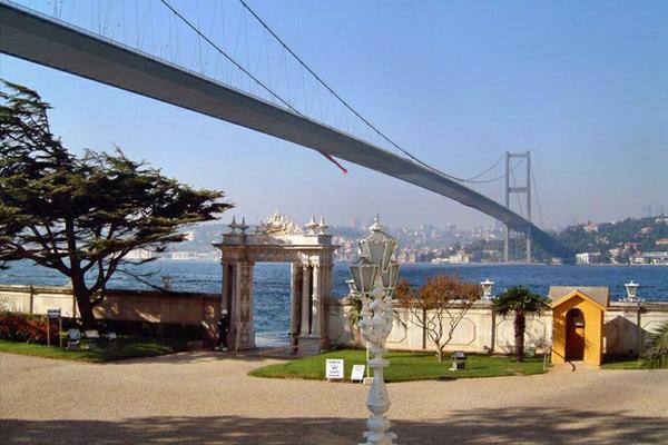 جسر البسفور في اسطنبول