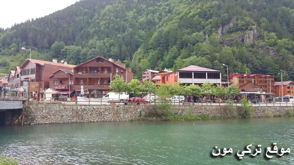 بحيرة اوزنجول المطلة على فندق دوغا موتيل
